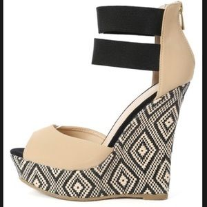 Bamboo Elastic Ankle Cuff Wedges - Tribal pattern