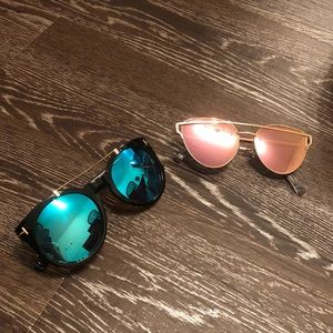 Accessories - Trendy sunglasses! 2 PC like new!