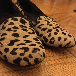 Faux hair cheetah print loafers size 6