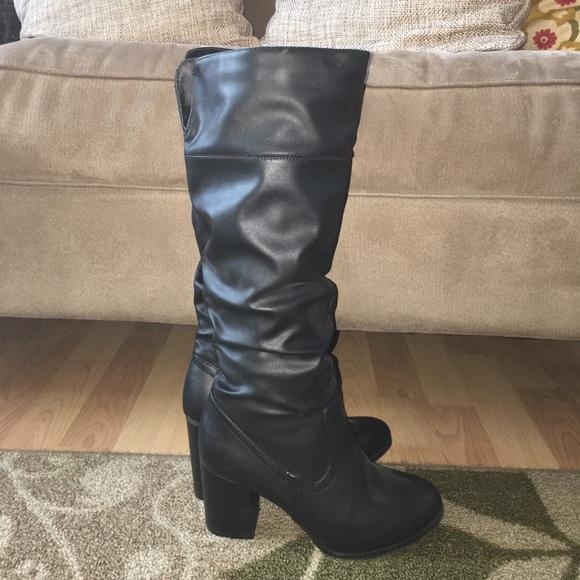 32f9b95fcb2 Black tall boots stacked heel size 7