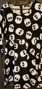 Dresses & Skirts - Pinup skull dress