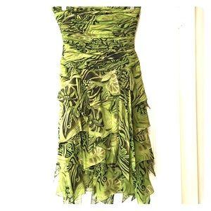 Kay Unger New York Strapless Dress