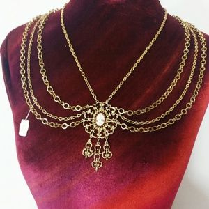 Vintage 1970s Celebrity Jewelry Layered Necklace