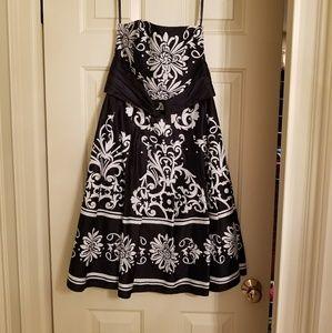 Strapless dresss