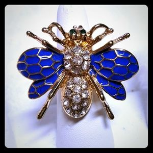 Jewelry - New Enamel and Crystal Queen Bee Stretch Ring