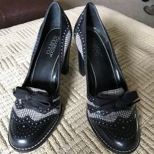 Cute black leather & houndstooth fabric heels