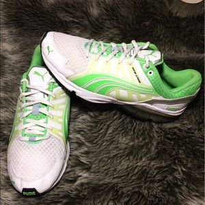 Puma Power Tech White/Green Running Shoes Size 7