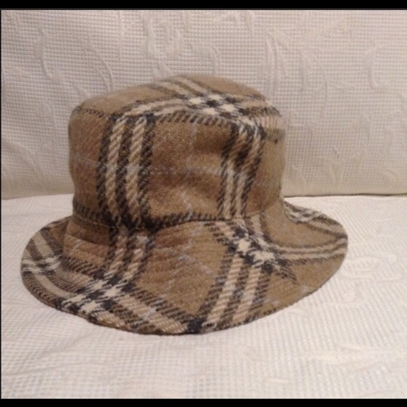 1d508013549 Burberry Accessories - Burberry London Wool Hat