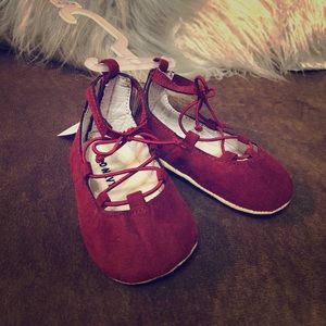 Other - 6-12 M lace up shoes