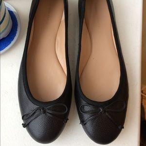 Banana Republic Leather Flats - Black