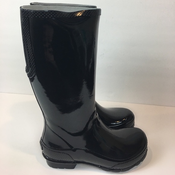 ab4b85ee66c30e Croc Women s Tall Rain boots Size 6 New With Tag