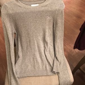 A&F women's long sleeved sweater