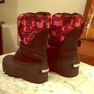 Little girl's warm winter boots