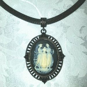 Jewelry - Vintage Cameo Necklace in Gunmetal