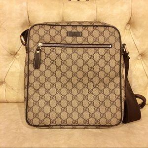 06001c32df2 Gucci Bags - 100% AUTH Gucci messenger shoulder cross body bag