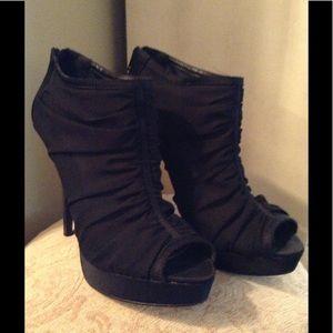 Chinese Laundry♠️Black Shoes