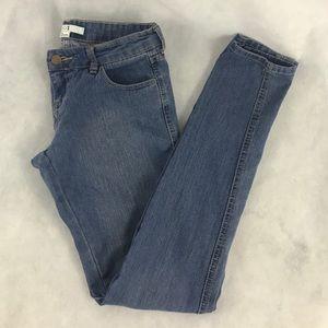 Forever 21 Basic Skinny Jeans size 25