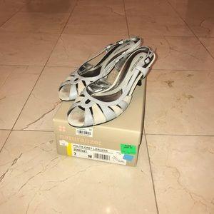 Naturalizer Gray lizard/suede heels - size 7