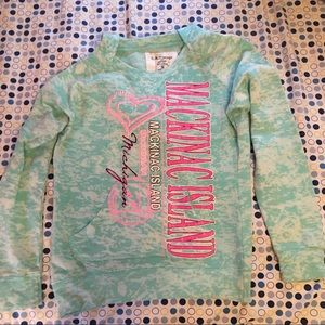 Tops - Lightweight mackinac island sweatshirt