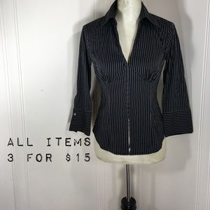 BeBe Pinstriped Button Up Hook Blouse