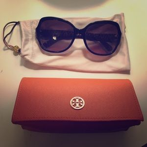 Tory Burch Sunglasses w/ Sleeve & Case