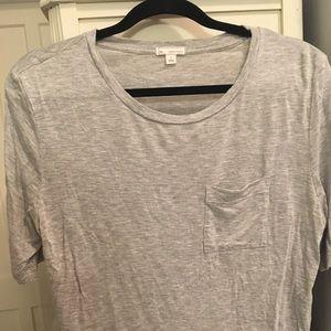 Grey cropped loose pocket t-shirt