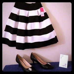 🖤💄🖤Black and White Striped Cupcake Skirt🖤💄🖤