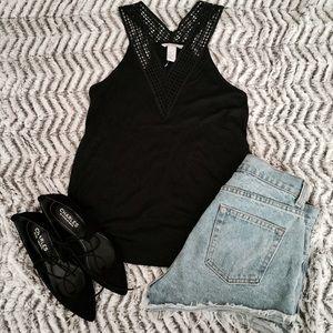 🔥🌟NEW H&M CUTOUT BLACK V NECK TANK TOP