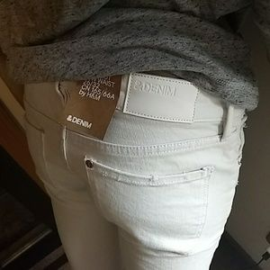 Sexy!!! white strech slim fit H&M jeans