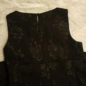 Elle Dresses - Black Flower dress