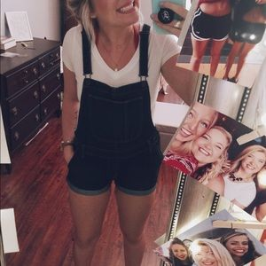 Old Navy Overall Shorts!!