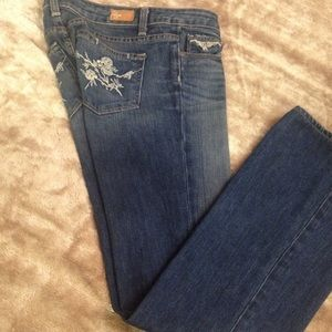 Paige jeans w/embroidered pockets