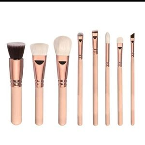 Other - HP BEST IN MAKEUP - Rose Gold Makeup brushes