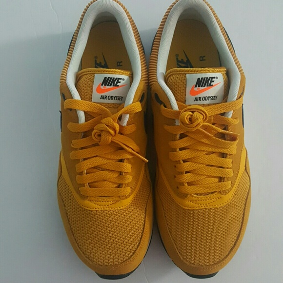Nike Air Odyssey Sneaker Size 6.5 MEN Gold. M 59e43720bcd4a7a5680abb02 b35366f6147b