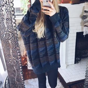 Sweaters - Oregon Coast Mountains Collective Chunky Sweater