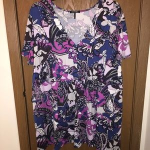 Daisy Fuentes baby doll top