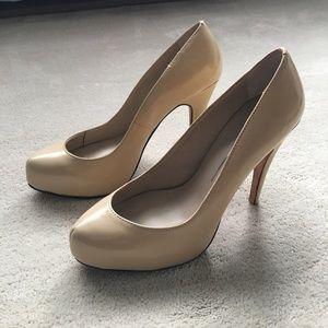 Dolce Vita nude heels