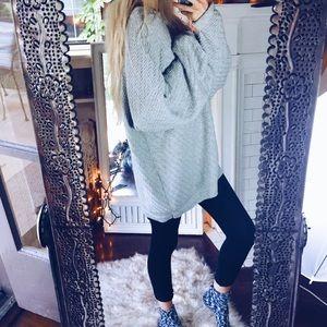 Sweaters - Stay Weird Chunky x Sweater