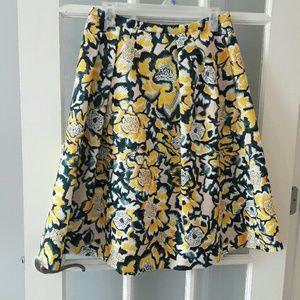 H&M beautiful flare skirt size 10