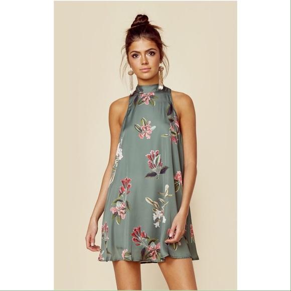 961dca1faabc Show Me Your MuMu Dresses | Nwt V Back Dress Laura Floral | Poshmark