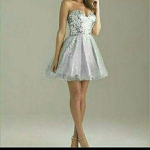 Dresses & Skirts - Short above the Knee Formal Dress
