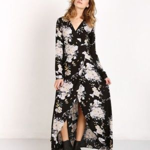 Knot Sisters Daphene wrap maxi dress. Sz XS. NWOT