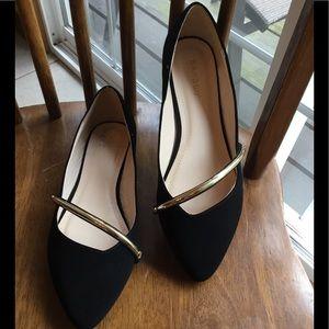 NWOT Black Velvet Flats with Gold Band Size 9
