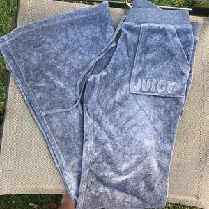 Juicy couture small velour flared sweatpants