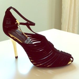 Gorgeous black T strap cage heels, absolutely new