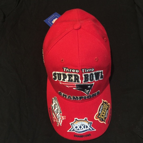 cd00afcdb88ee Reebok Patriots 3x Champion Official NFL Hat