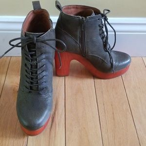 Lucky Brand wooden platform lace up bootie 7