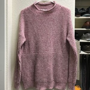 Beautiful pink AEO sweater