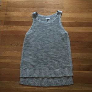 NEVER BEEN WORN Lou & Grey Sweater