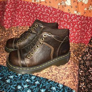 Dr. Marten Yolanda Ankle Boot Brown 7-eyelet sz 8